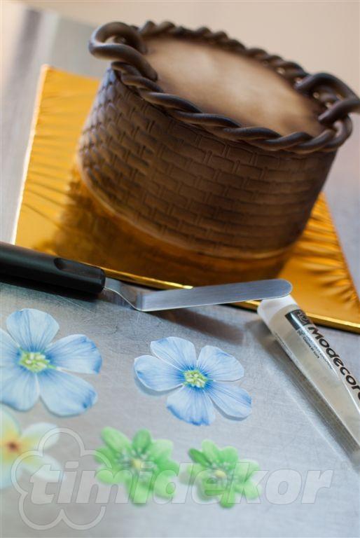 Košík s květinami 10